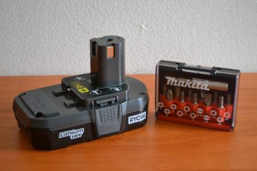 2-Item Bundle Ryobi P102 18 Volt Compact Lithium Ion Battery and Drill Bits Set
